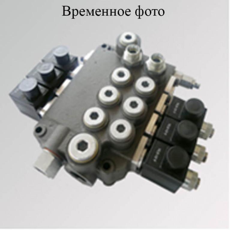 Восьмисекционный гидрораспределитель 8ZC70 N/P(orT)A1/P(orT)A1/P(orT)A1/T