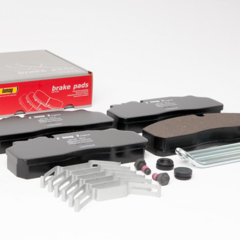 Тормозные колодки дисковые с пластинами+р/к 210.5x93x30 DAF/Renault LUMAG