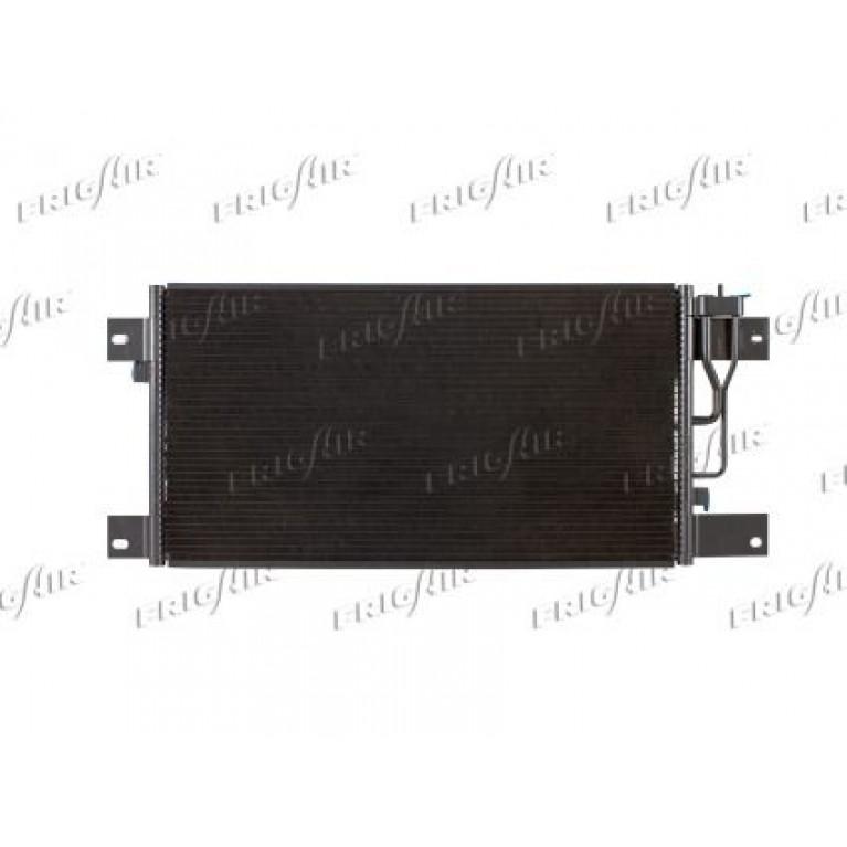 Радиатор кондиционера SCANIA  G,P,R,T- series '04- (705 X 375 X 16)